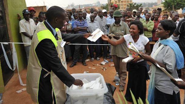 498061-uganda-elections-voting