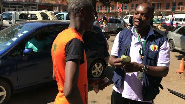 Cash Crisis in Zimbabwe